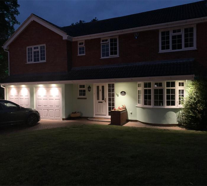 House External 2